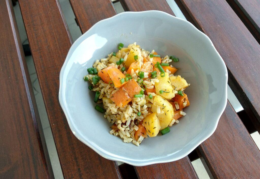 Ryż z warzywami i tymiankiem dla dzieci