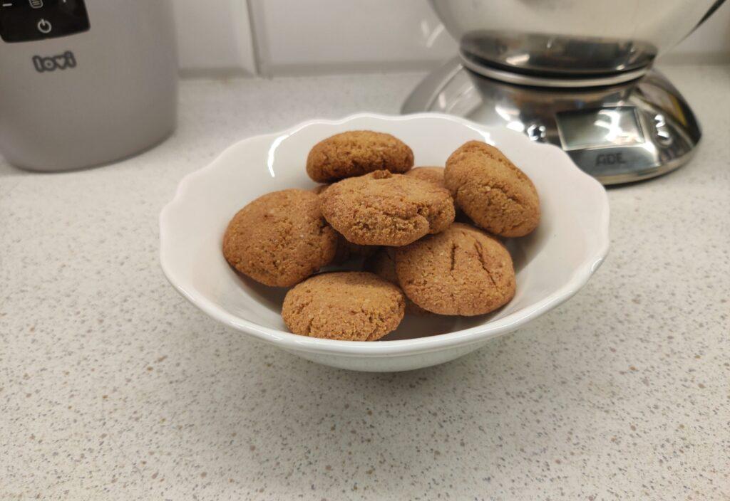 Migdałowe ciasteczka z 4 składników, bez tłuszczu i mąki