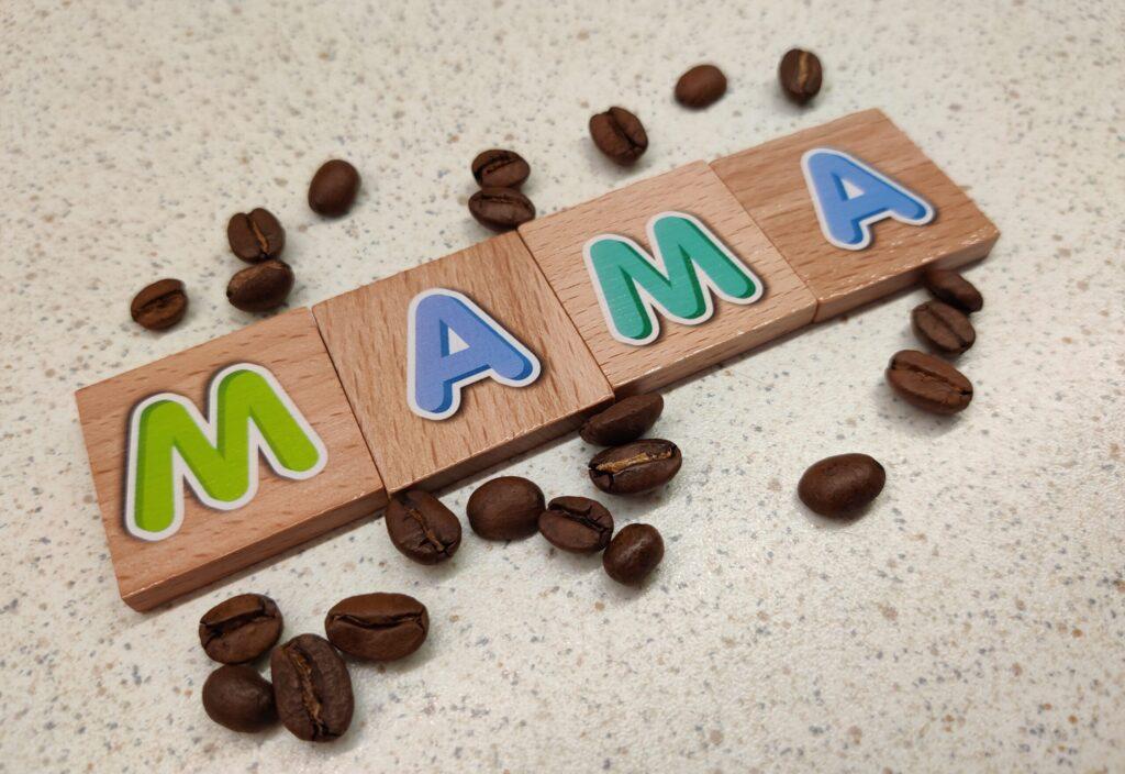 Kawa w ciąży i karmienie piersią czy jest dobra dla mamy?