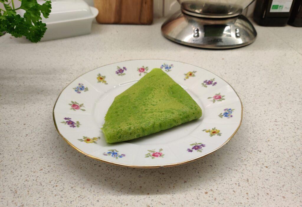 Zielone naleśniki dla dzieci na słodko